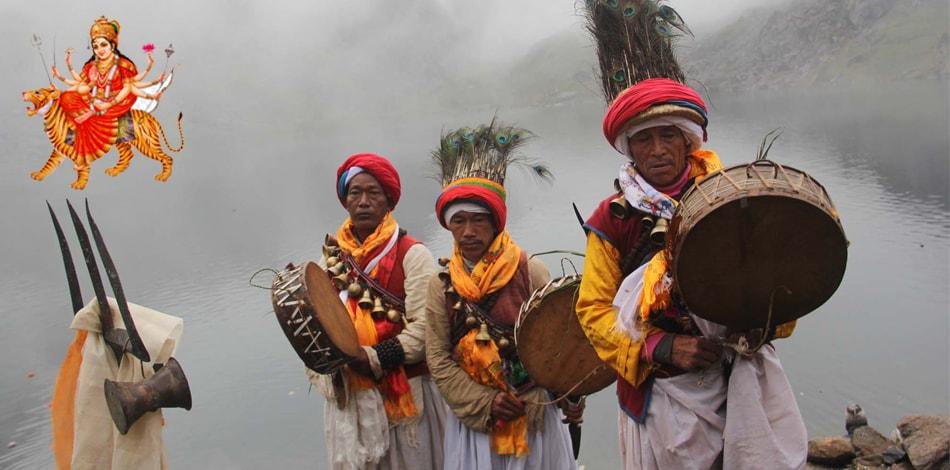 तामाङ समुदायको दशै अर्थात मेनिङ (म्हेनिङ)